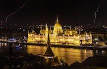 El edificio más alto de Budapest es el hogar de la política