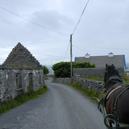 10 days in Ireland Series: Aran Islands, Spending the Night on Inisheer (Inis Oirr)