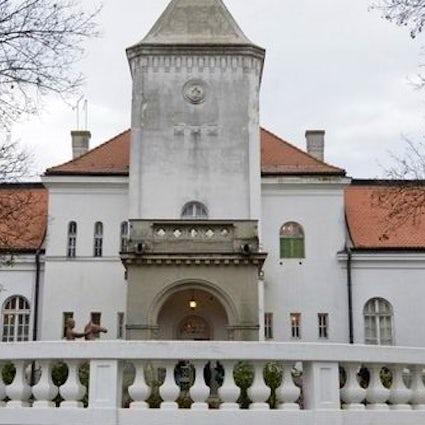 Siguiendo los pasos de los aristócratas: Castillos de Dundjerski