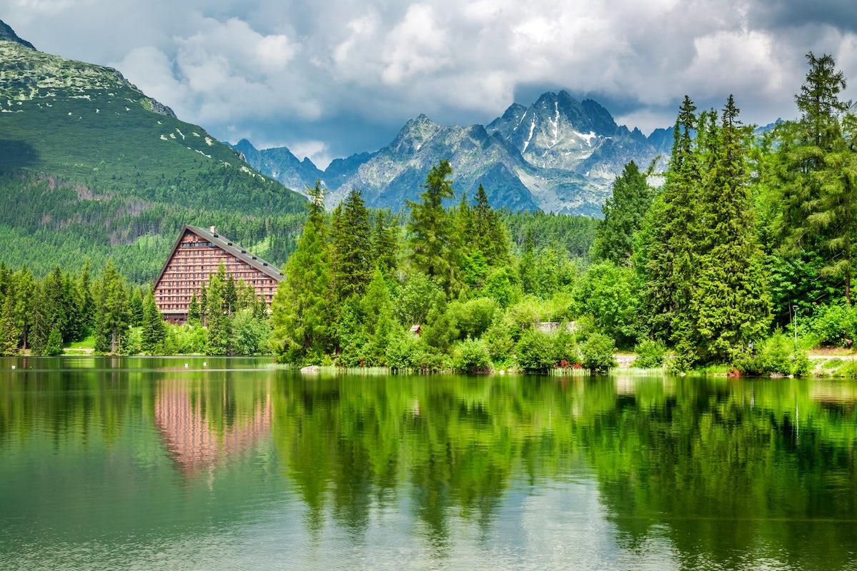 Mountain cabin guide: Štrbské Pleso at the High Tatras