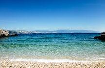 Les plus belles plages de Lopar : profitez de la mer, renouez avec la nature