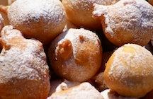 Oliebollen, donuts belgas