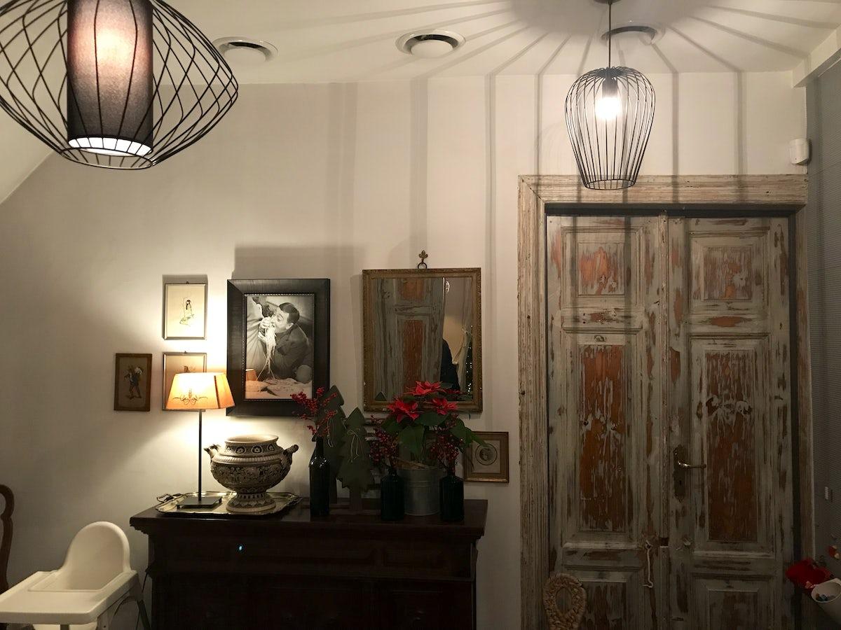 l 39 endroit le plus confortable de vilnius restaurant veranda. Black Bedroom Furniture Sets. Home Design Ideas