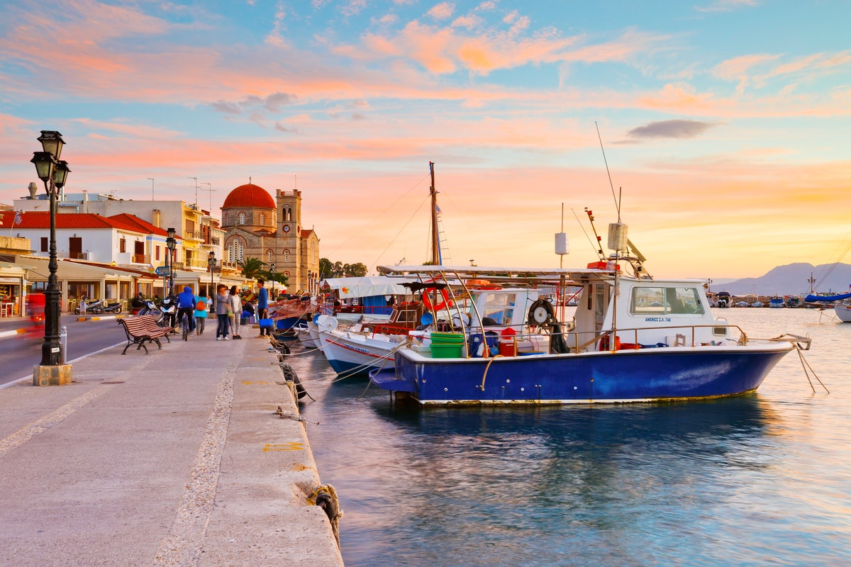 Escape from Athens and spend a weekend on the Argosaronikos Gulf