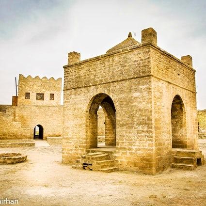 Ateshgah: Un templo de tres religiones