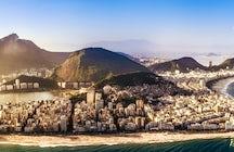 Piedra de Arpoador, el punto de división entre Copacabana e Ipanema