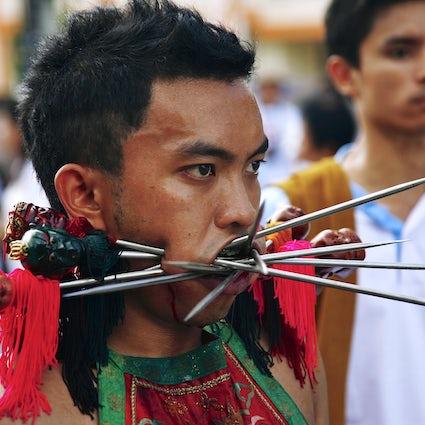 El extraño Festival de los Nueve Dioses del Emperador en Phuket