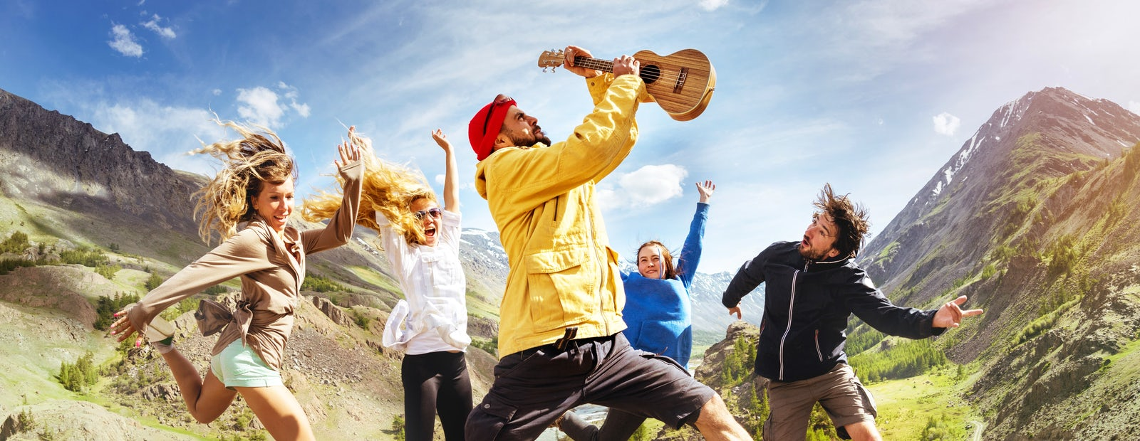 Cover photo © Credits to iStock/molchanovdmitry