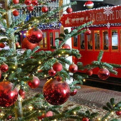 Geniet van de vakantiestemming op de kerstmarkt van Montreux