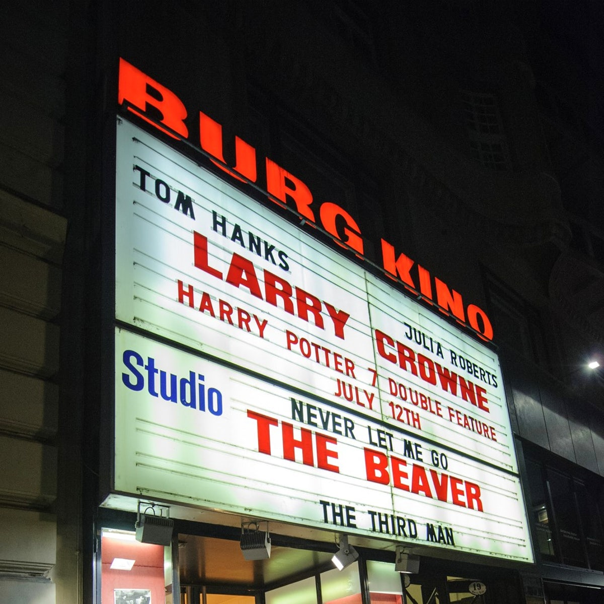 Cinemas with original version films in Vienna