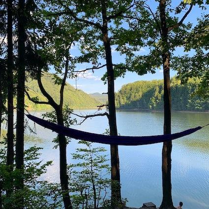 Lago Firiza, recreação escondida na floresta de Baia Mare