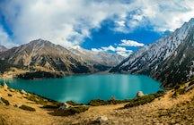 Pequeño pero grande lago de Almaty