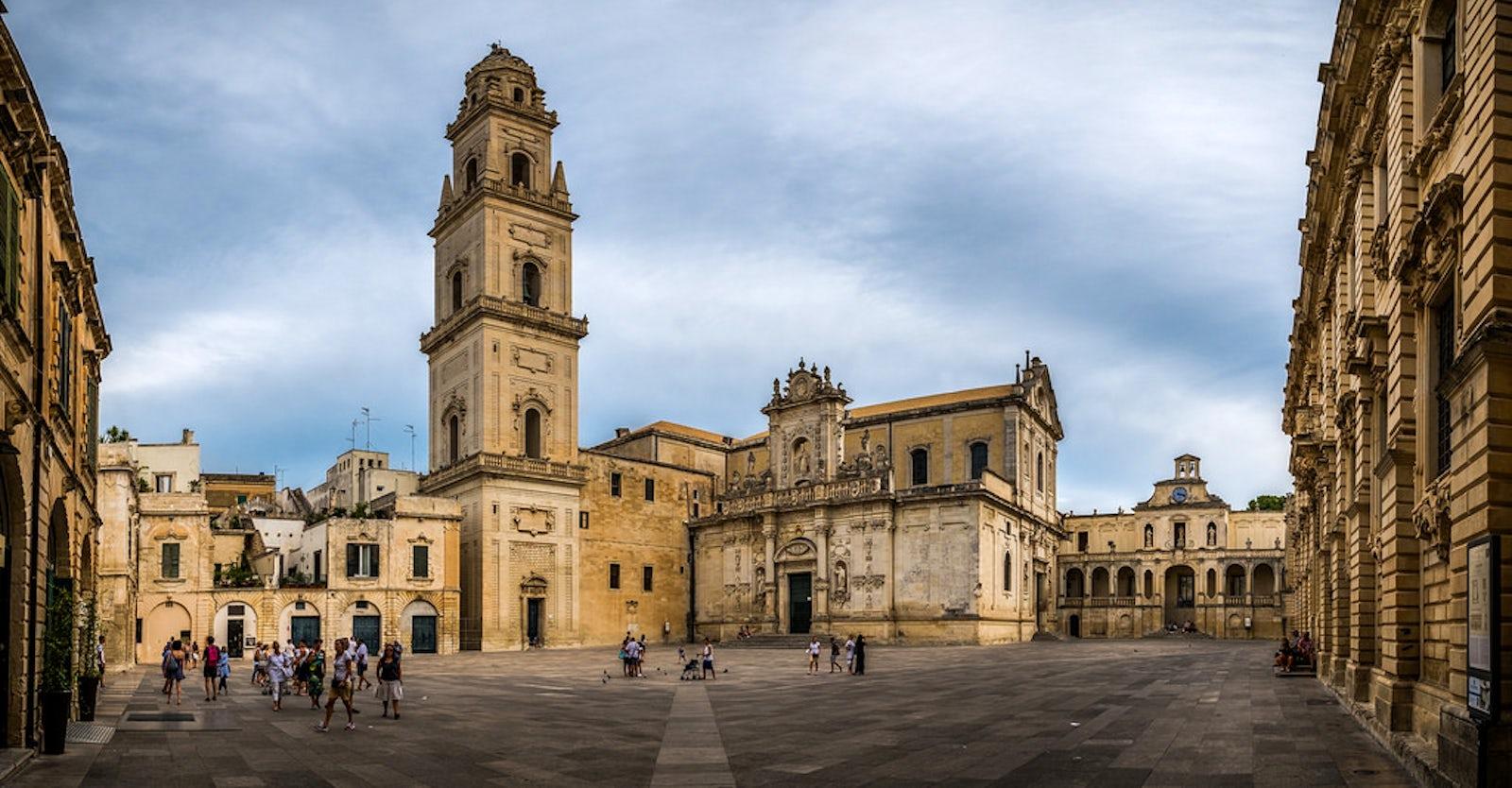 Architetti Famosi Lecce piazze in italia: piazza del duomo, lecce
