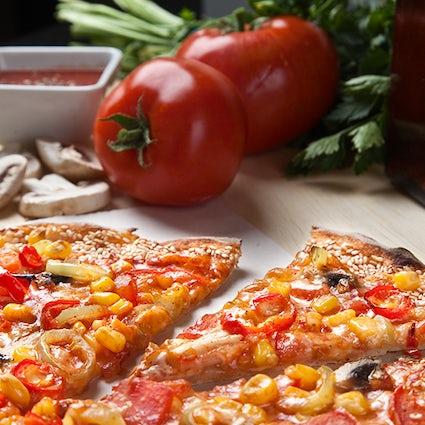 Lucha por el último trozo: Pizza en condiciones
