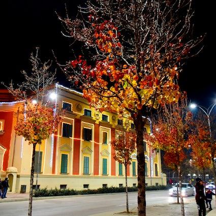 Chercheurs d'activités à Tirana