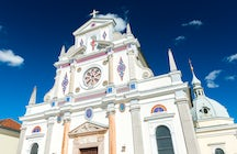 Discover a famous pilgrimage site in Brezje