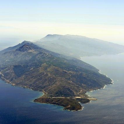 Tu isla griega secreta; Ikaria, la isla de la larga vida