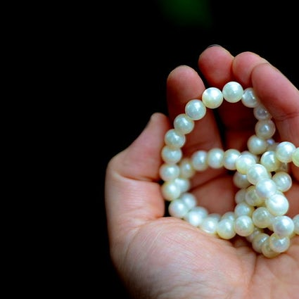 Macedonian jewelry: Ohrid pearls