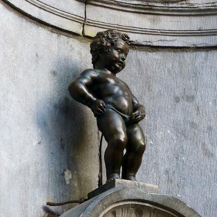 Storie di folclore di Bruxelles: Manneken Pis, la strega, il duca e una città sul fuoco