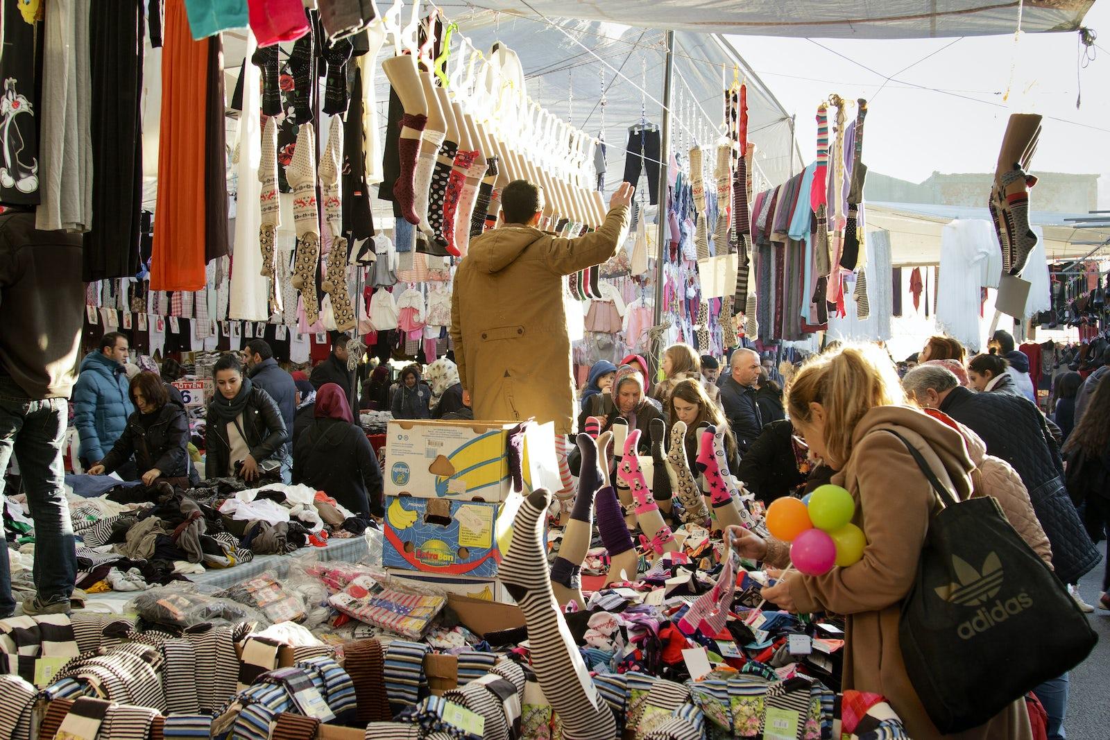Famous open-air flea markets in İstanbul