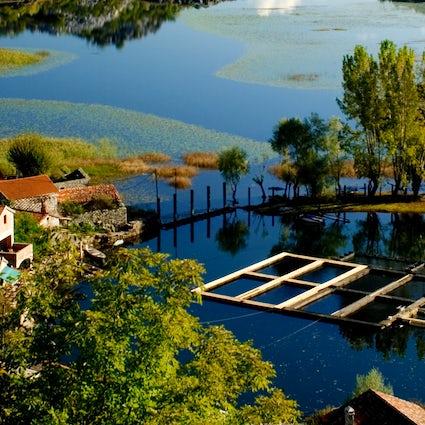 Esplorare il lago di Skadar: Karuč e dintorni