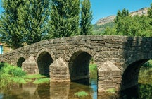 Portagem, a medieval toll and a natural swimming pool