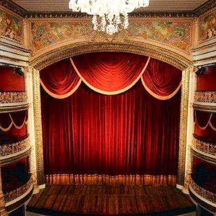 Santa Izabel theater and Recife's symphony orchestra