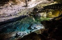 Cueva de Kungur: el reino de hielo y piedra en los Urales