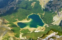 A heart-shaped emerald - Trnovačko Lake