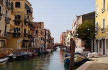 Explorar Dorsoduro en Venecia