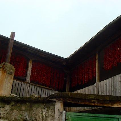 Keine gewöhnlichen mazedonischen Dörfer: Ljubojno und Brajcino