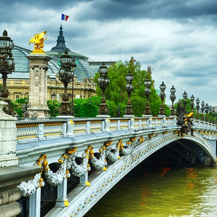 Iconic bridges in Paris: Pont Alexandre III