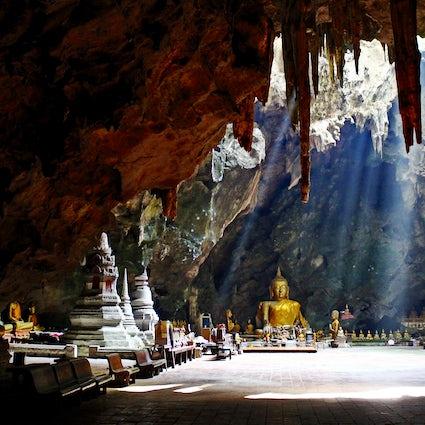 Das unterirdische Heiligtum: Tham Khao Luang in Phetchaburi
