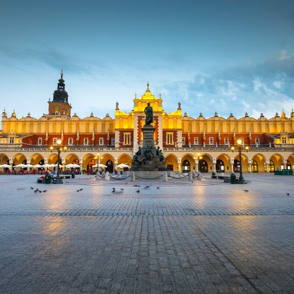 Sukiennice Cloth Hall - el corazón del casco antiguo de Cracovia