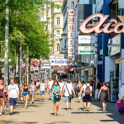 Mariahilfer Straße - Wiens Einkaufszentrum Mekka