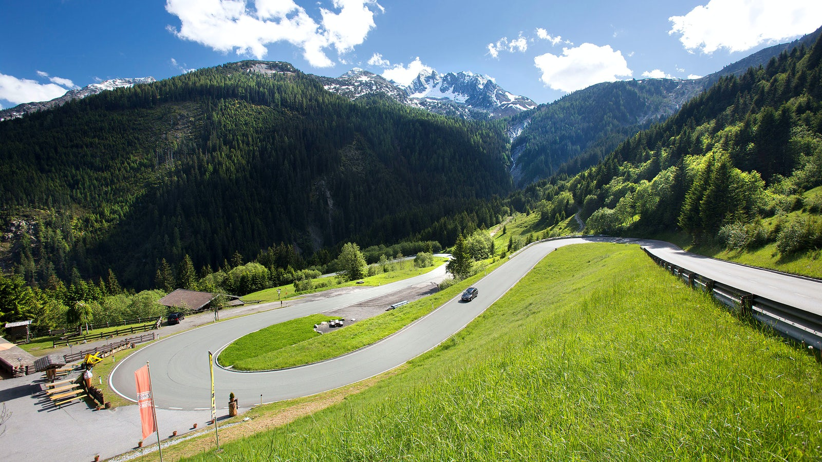 Cover photo © Credits to gerlos-alpenstrasse.at