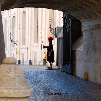 Tajne ścieżki w Watykanie