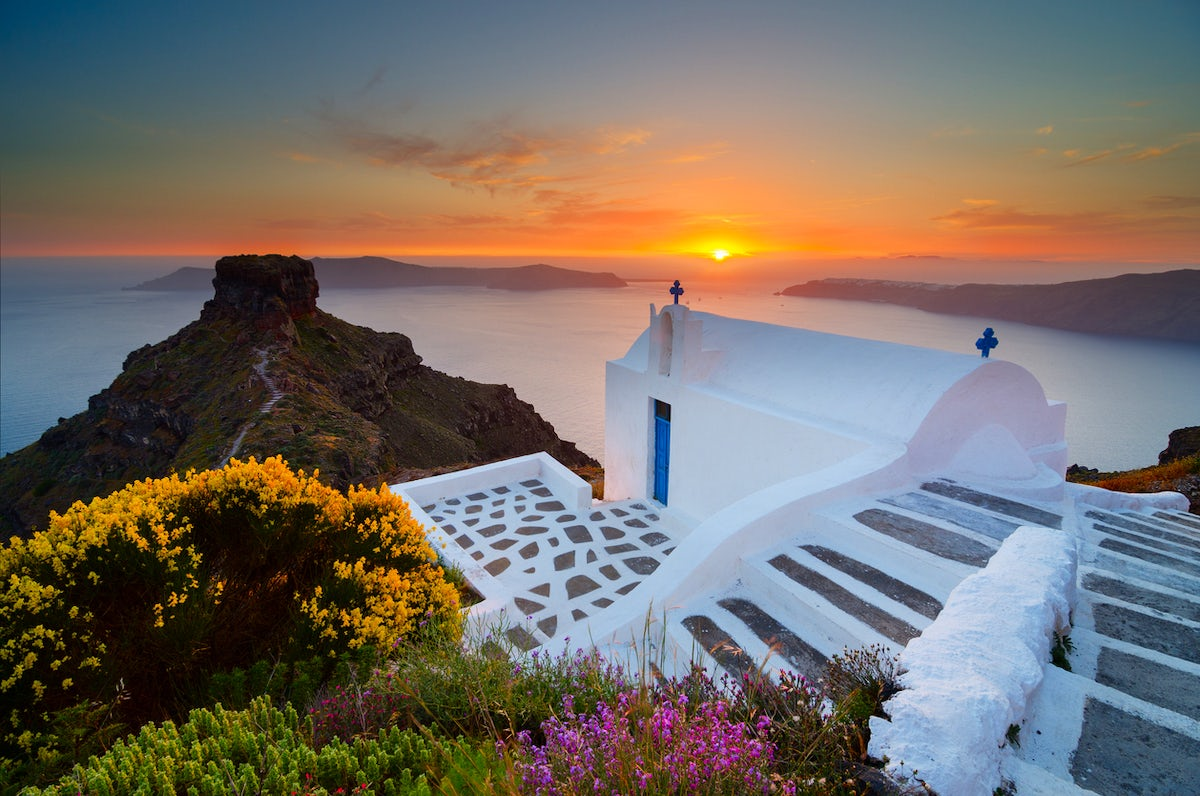 Where to travel in Greece based on your personality; the romantic traveller