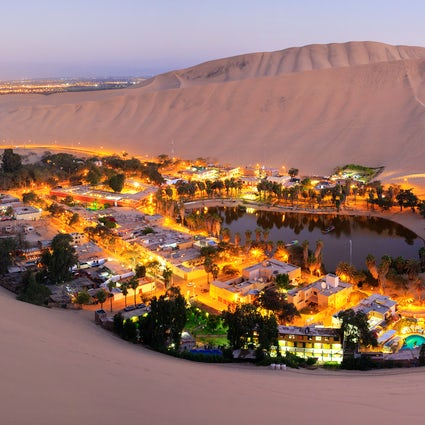 Huacachina oasis- Sandboarding on incredible dunes