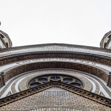 La sinagoga de 100 años de antigüedad, una auténtica sala de conciertos en Novi Sad