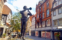 Hometown of Pied Piper: Hamelin!