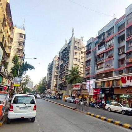 Terapia de venta al por menor en el mercado de Lokhandwala, Mumbai