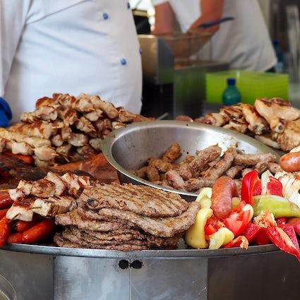 La mejor carne asada en Belgrado - Restaurante Gladni Vuk