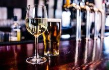 Sortir à Bakou: vin ou bière ?