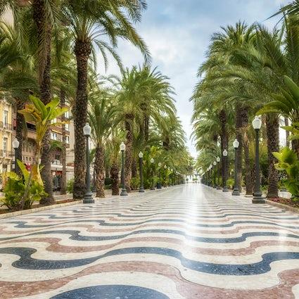 Wandelingen en festivals in Alicante