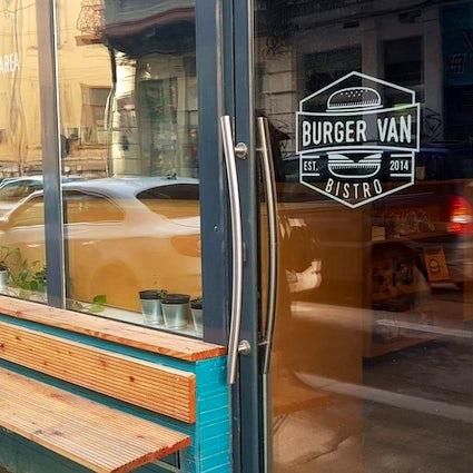Gourmet's bistro in Bucharest: Burger Van Bistro