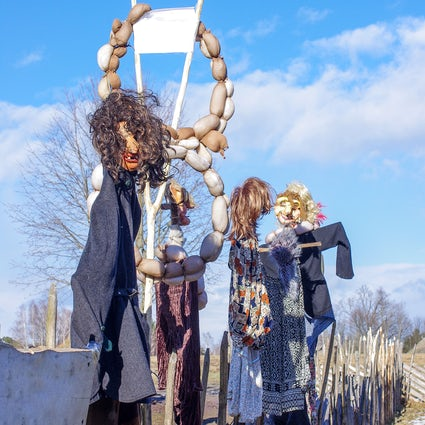 Festival lituano Užgavėnės Cuando la primavera vence al invierno