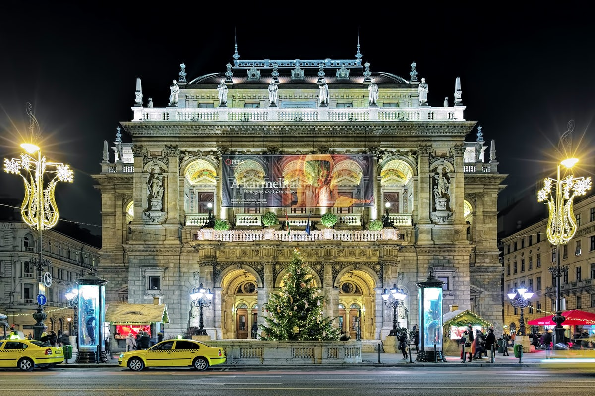 Hungarian State Opera House: the temple of culture