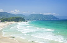 Shimoda: white sandy beaches, transparent ocean & history