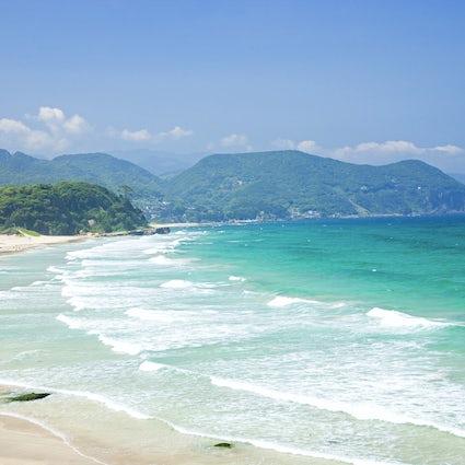 Shimoda : des plages de sable blanc, un océan transparent, de l'Histoire